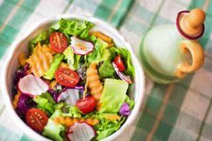 Gemüse das Schnecken anzieht Nacktschnecken gerne fressen mögen anlockt