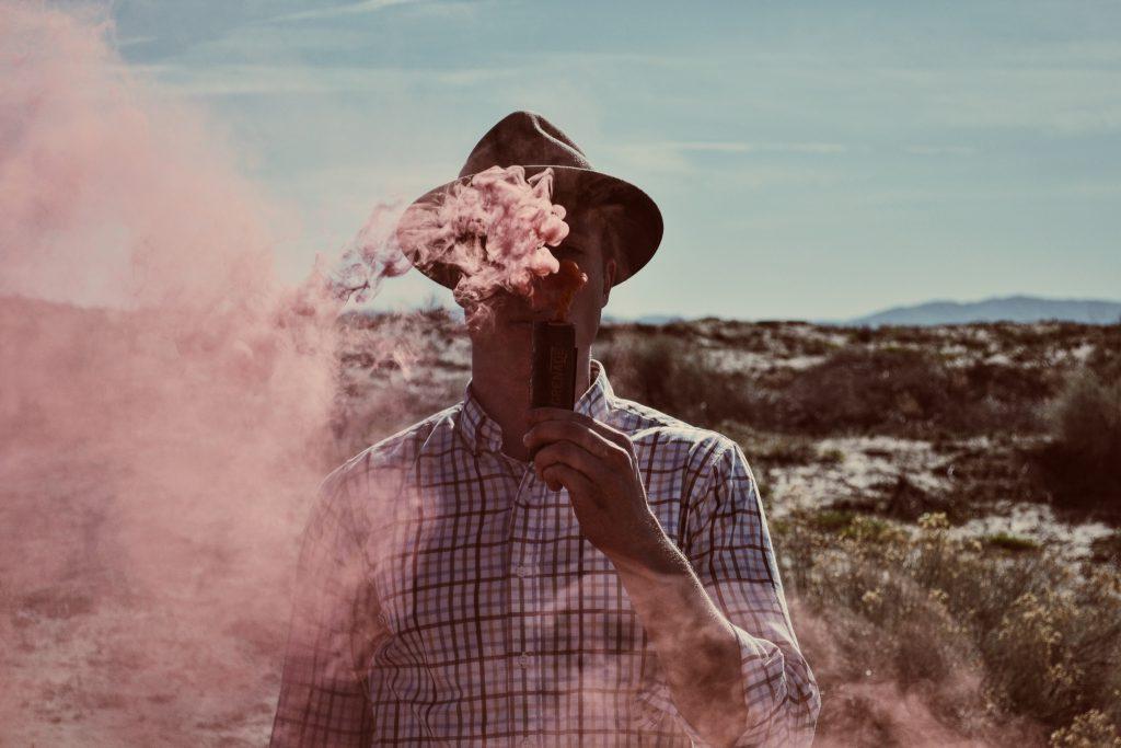 Gas Rauch Wühlmaus Maulwurf